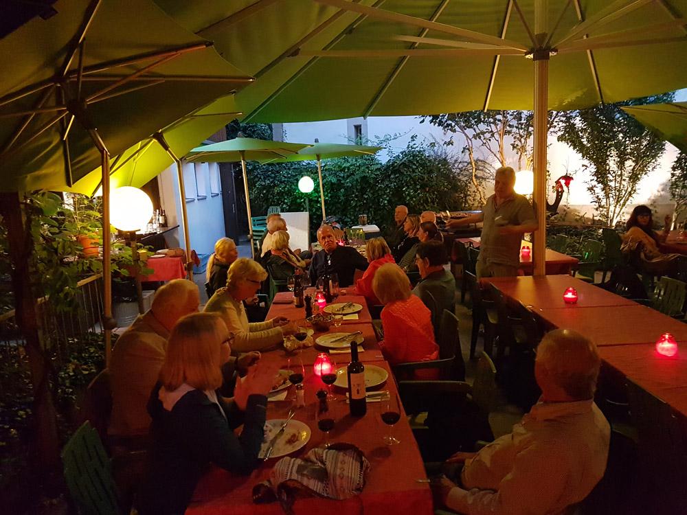 Garten vom Restaurant Schäfli